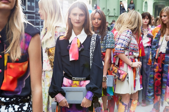 chanel-spring-summer-2015-ready-to-wear-backstage-01