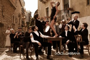 Dolce-Gabbana-ad-campaign-fw-2012-men-women11